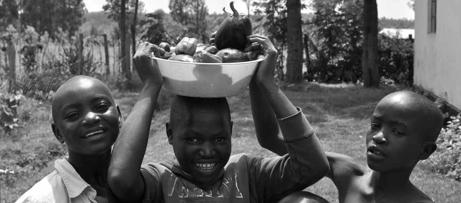 street children, kenya, africa, child, slum, homeless, project, home, rescue, kitale, community development, education, empowerment, oliver lynton